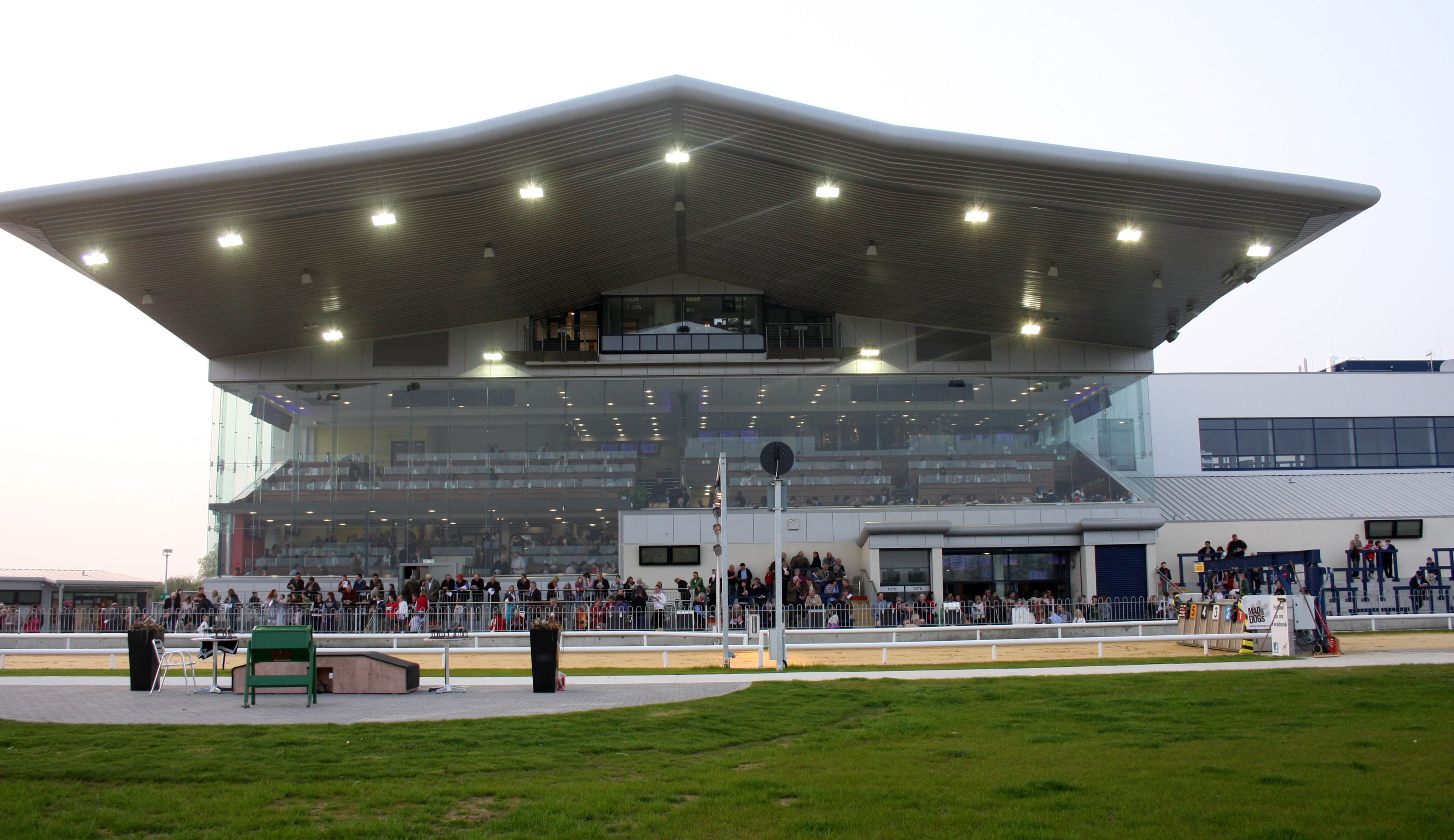 Limerick Greyhound Stadium - Greenhills Hotel Limerick